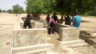 Une des deux pompes à eau réhabilitées à Hamadila